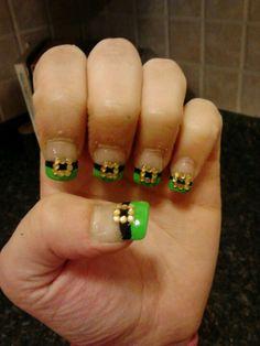 DIY st. Pattys day nails