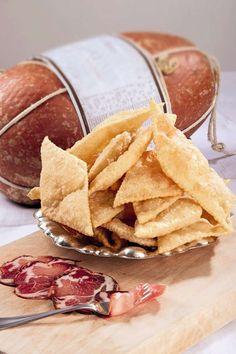 Italy  - Italian food - crescentine fritte con prosciutto e salame
