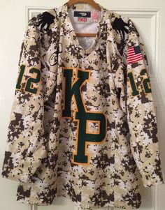 Military ACU CAMO King Philip Wounded Warrior Girl's Hockey Team Jersey Medium   #PopTopsPro #BostonBruins