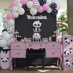 Jay D'Event Stylist By:arncamugao design. Panda Themed Party, Panda Birthday Party, Panda Party, Baby Birthday, Birthday Party Themes, Birthday Cake, Panda Decorations, Party Table Decorations, Balloon Decorations