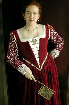 Lovely circa 1560s re-creation of a Venetian Gown.