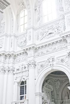 white, architecture, and building kép Beautiful Architecture, Beautiful Buildings, Art And Architecture, Architecture Details, Beautiful Places, Beautiful Life, Outfits In Weiss, Pale Tumblr, Shades Of White