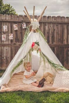 Even Dad got in on the action by sewing and assembling Emme's first teepee to play in for the day. How awesome is this?! Source: Rochelle Wilhelms Photography via Pretty My Party