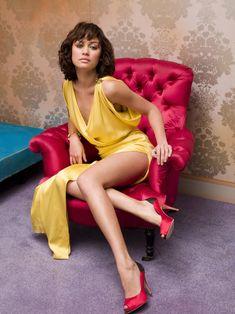 Olga Kurylenko Olga Kurylenko Feet, Beautiful Legs, Most Beautiful Women, Star Francaise, Modelos Fashion, French Models, Bond Girls, Portraits, Glamour