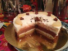 Bavarois poire-chocolat sur biscuit aux amandes - Recette de cuisine Marmiton : une recette
