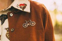 bird print & bicycle pin