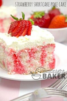 Here's a poke cake with all the great flavor of strawberry shortcake. It's easy to make too! Tis The Season For Strawberries We are at the height of strawberry season so there's been lots of Strawberry Poke Cakes, Strawberry Shortcake Recipes, Strawberry Desserts, Chocolate Strawberries, Covered Strawberries, Strawberry Tattoo, Strawberry Sauce, Cupcakes, Cupcake Cakes