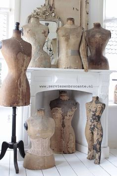 Would love to find a vintage dress form some day. Mannequin Display, Dress Form Mannequin, Vintage Mannequin, Love Vintage, Shabby Vintage, Vintage Beauty, Vintage Sewing, Fabulous Dresses, Shabby Chic Decor