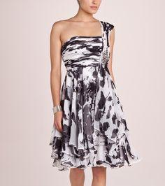Vestido BeniZe.es  http://www.benize.es/new-arrival/vestidos/vestido-de-mujer-drapeado-214273-1NP-NP-nN010300.htm
