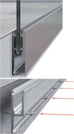 Profil de fixation en applique pour garde corps en verre