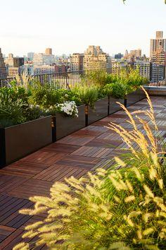Buds The Standard Planter Carbon Powder Coated Aluminum Rooftop Terrace Design, Terrace Garden Design, Rooftop Patio, Backyard Patio Designs, Balcony Design, Balcony Plants, Balcony Garden, Terraced Landscaping, Pergola