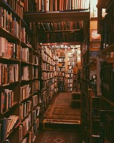World of books Books Library books Book aesthetic Home libraries Bookstore - I love libraries - Dream Library, Library Books, Books Art, Attic Library, Photo Library, Library Ladder, Book Aesthetic, Aesthetic Pictures, Autumn Aesthetic
