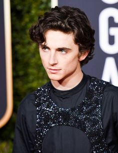 Gomez Gomez Gifs Rainy Day in New York Chalamet Beautiful Boys, Pretty Boys, Cute Boys, Beautiful People, Liam Payne, Timmy T, Niall Horan, Louis Tomlinson, Aesthetic Pictures
