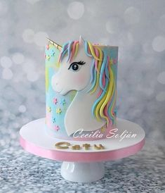 Torta Unicornio - cake by Cecilia Solján Frozen Birthday Cake, Birthday Cake Girls, Unicorn Birthday, Birthday Parties, Girly Cakes, Cute Cakes, Unicorn Cake Design, Unicorn Cakes, Unicorn Rainbow Cake