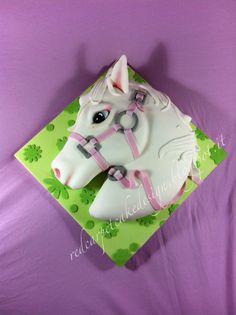 Tom And Jerry Cake, Satin Ice Fondant, Pony Cake, Fondant Tips, Horse Cake, Adult Birthday Cakes, Horse Birthday, Animal Cakes, Elegant Cakes