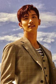 Chanbaek Fanart, Tvxq Changmin, Chang Min, Actor Model, Kpop Boy, Bambi, Black Backgrounds, Dancer, Actors