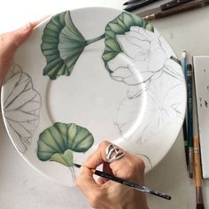 Jewelry making peinture sur Porcelain, Porcelain bleue, Porcelain flowers, Por. Porcelain Jewelry, Porcelain Ceramics, China Porcelain, Porcelain Skin, Porcelain Tiles, Porcelain Doll, Ceramic Spoons, Ceramic Plates, Ceramic Pottery