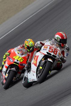 Valentino Rossi and Marco Simoncelli two champions, but sadly simoncelli never had time to prove it. RIP