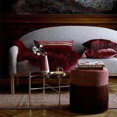 Products Lucca Beistelltisch BloomingvilleBloomingville Online Casinos: List of the Most Graphic Onl Burgundy Living Room, Living Room Red, Living Room Decor, Lucca, Luxury Interior, Interior Styling, Interior Design, Pouf Rose, Striped Cushions