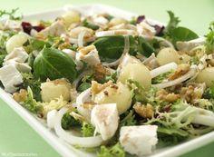 Ensalada de melón y queso de cabra con vinagreta de hierbabuena - MisThermorecetas.com Salad Recipes, Tapas, Potato Salad, Veggies, Menu, Vegetarian, Herbs, Cooking, Ethnic Recipes