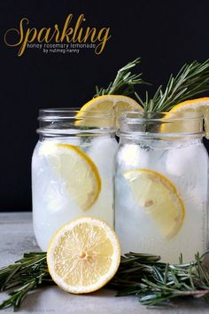 Sweet sparkling honey rosemary lemonade made with fresh honey rosemary syrup and fresh squeezed lemonade. Top with sparkling water or a splash of vodka.