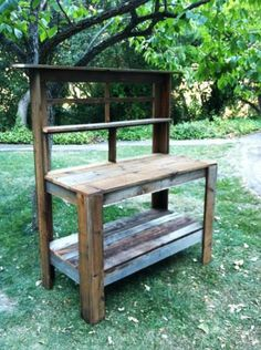 Potting Table with Shelves - Custom Orders. Pallet Potting Bench, Potting Tables, Outdoor Projects, Garden Projects, Wood Projects, Garden Table, Garden Pots, Pallet Furniture, Garden Furniture