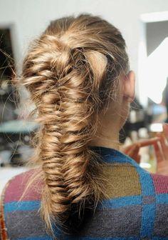 How to do the Messy Mermaid Braid – Lavish Braids Bridal Braids, Bridal Hair, Braided Hairstyles, Cool Hairstyles, Latest Hairstyles, Mermaid Braid, Hair Today, Hair Looks, New Hair