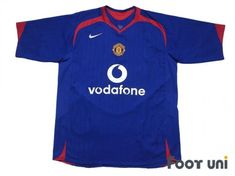 #manchesterunited #manchesterunited2005 #manchesterunited2006 #manchesterunitedaway #manchesterunitedshirt #manchesterunitedjersey #manchesteruniteduniform #vodafone - #footunijapan #footuni #onlinestore #onlineshop #football #soccer #footballshirt #footballjersey #footballuniform #soccershirt #soccerjersey #socceruniform #jersey #uniform #vintageclothing #vintagejersey #vintagefootballshirt #vintage #classic #retro #old #fussball #collection #collector #collective Soccer Uniforms, Soccer Shirts, Football Jerseys, Manchester United Premier League, Manchester United Shirt, Vintage Football Shirts, Vintage Jerseys, Jersey Uniform, Vintage Outfits