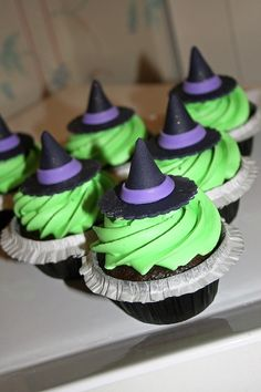 Cupcakes - Dollface Desserts