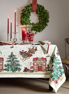 Deck the halls indeed! The Williams-Sonoma holiday collection has everything you need to welcome guests from near and far into a home that's ready for festivities.