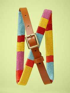gap threaded thin belt. I could do this myself and with better thread colors