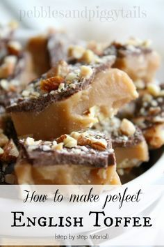 Perfect English Toffee Step by step tutorial of how to make Perfect English Toffee. Complete with pictures this recipe for homemade toffee will help you make English toffee perfectly for holidays and Christmas. A special treat anytime! Candy Recipes, Sweet Recipes, Cookie Recipes, Dessert Recipes, Make Ahead Desserts, Just Desserts, Delicious Desserts, Homemade Toffee, Homemade Candies