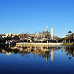 Quando estiverem em Orlando não deixem de dar uma passada em Celebration. A cidade é pequena e é uma graça! #malasepanelas #disney# celebration #florida #VisiteosEUAbr #dicadeviagem #viagememfamilia #viagemcomcriancas #rbbv