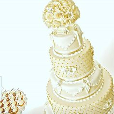 Give your wedding an elegant classy touch from The Victorian 👰👰👰