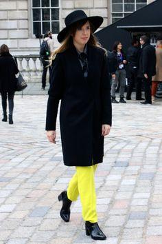 Street Style at London Fashion week on >> Etrala London Blog #StreetStyle #LFW #London