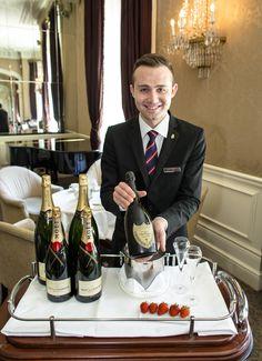 #champagne #moet #strawberries