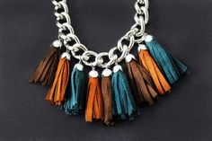 DIY Necklace Ideas - Tassel Necklace - Pendant, Beads, Statement, Choker, Layered Boho, Chain and Simple Looks - Creative Jewlery Making Ideas for Women and Teens, Girls - Crafts and Cool Fashion Ideas for Teenagers http://diyprojectsforteens.com/diy-necklaces