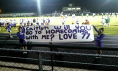 Proposal Ideas cheerleader Homecoming football game and a homecoming date! How sweet! Homecoming football game and a homecoming date! How sweet! Asking To Homecoming, Cute Homecoming Proposals, Football Homecoming, Hoco Proposals, Dance Proposal, Proposal Ideas, High School Football Games, Prom Date, Promposal