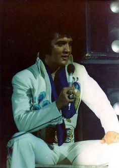 Elvis Presley Priscilla, Elvis Presley Concerts, Elvis In Concert, Lisa Marie Presley, Freddy Rodriguez, Are You Lonesome Tonight, Elvis Presley Pictures, Rhythm And Blues, Graceland