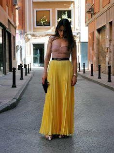 Yellow maxi pleated skirt