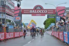 The winner! @SachaModolo! #giro