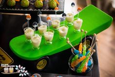 skateboard to serve - cute - party