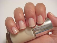 I Test-Drove Clinique's New Nail Polish Line For Sensitive Skin New Nail Polish, Nail Polish Colors, Subtle Nails, Natural Treatments, All Things Beauty, Sensitive Skin, French Manicures, Nail Art, Clinique