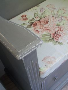 Monks Bench telephone table painted with Annie Sloan Chalk Paint ~ French Linen over Old White ~ padded seat cushion in Annie Sloan Faded Roses Fabric
