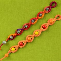 How to make a easy Macrame bracelet with beads. It is so easy and fun :) A Sunny bracelet for a Sunny day.