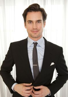 WHITE COLLAR FIXATION: Neal Caffrey's Christmas Shopping List