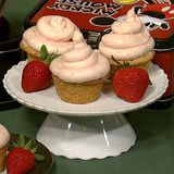 These looked yummy, I really liked the strawberry buttercream frosting.