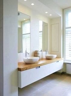 Fun bathroom decor tips: Are you searching for inspirations for your bathroom decor? Create an inviting atmosphere with our easy bathroom decor ideas. Click the link for more... #bathroomdecor