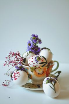 flower decorated eggs