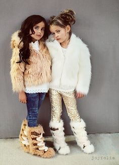 Little Fashionistas // by joyfolie NEEEEED one of those fur coats Toddler Girl Outfits, Toddler Fashion, Kids Outfits, Kids Fashion, Stylish Baby Clothes, Stylish Kids, Little Fashionista, Sequin Leggings, Fur Boots